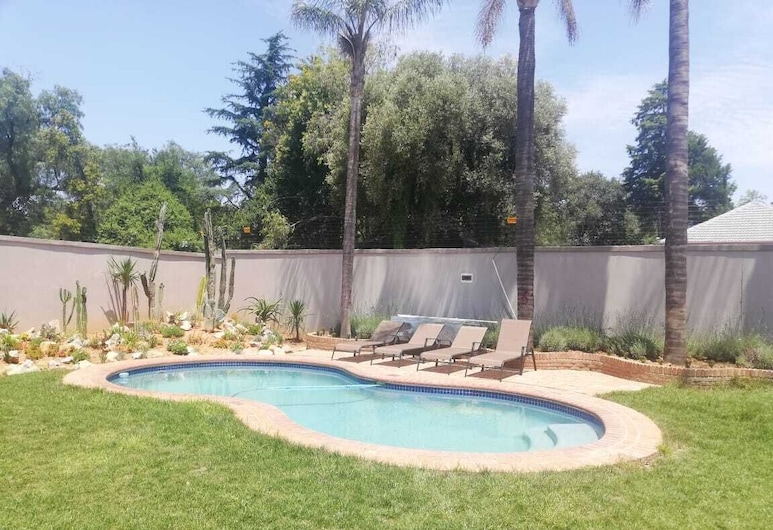 Atlantic Pearl Rivonia Guest House - Adults Only, Sandton