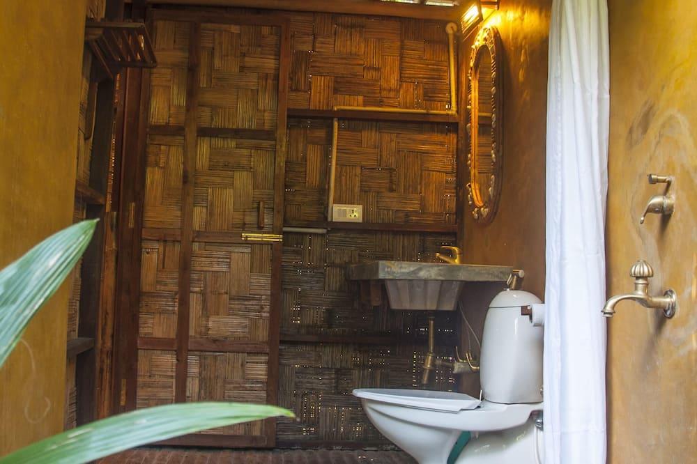 Plantation Cottages - Bathroom