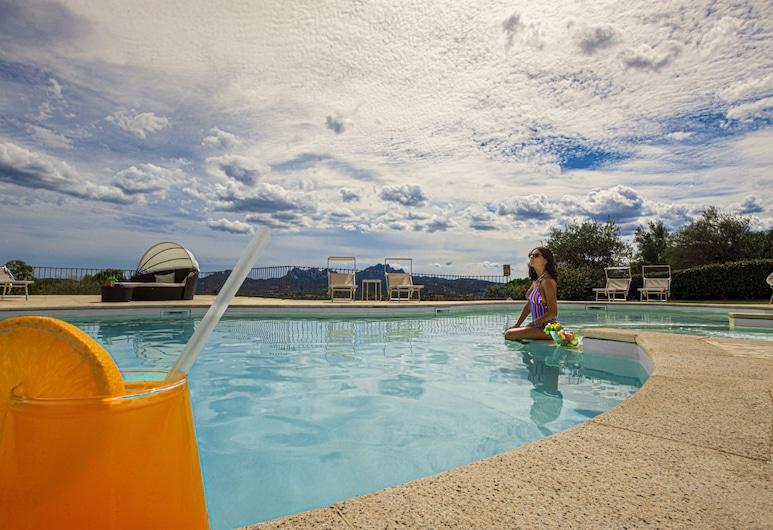 Moma Boutique Hotel, Arzachena, Piscina al aire libre