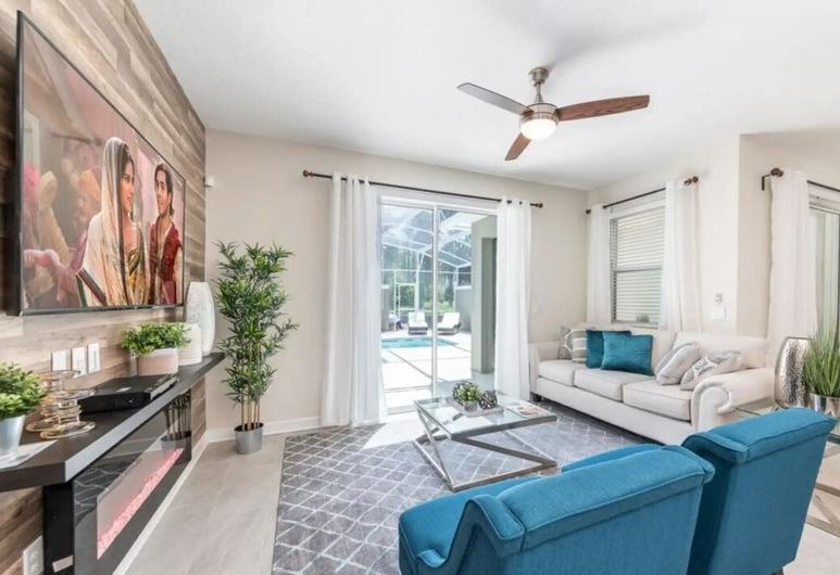 4 Bedroom Villa at Champions Gate, Kissimmee, Deluxe vila, 4 spavaće sobe, Dnevna soba