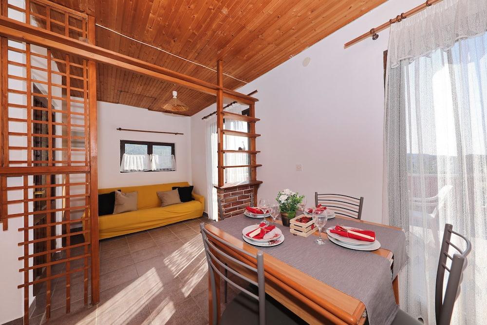 Apartment (A4) - Wohnzimmer