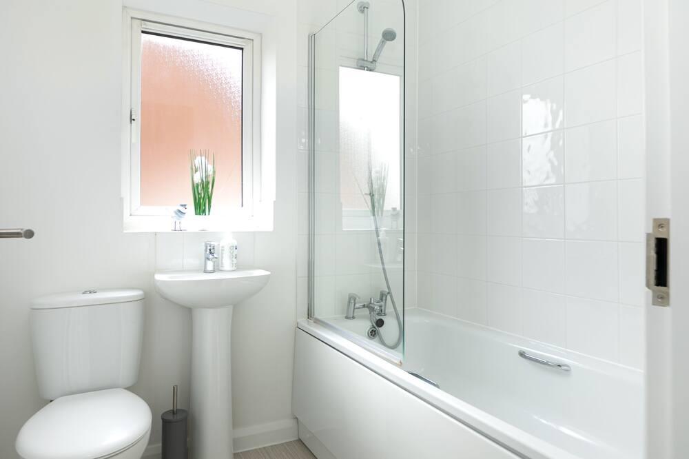 Exclusive House, Private Bathroom, Garden View (KVM - Thorpe House) - Bathroom