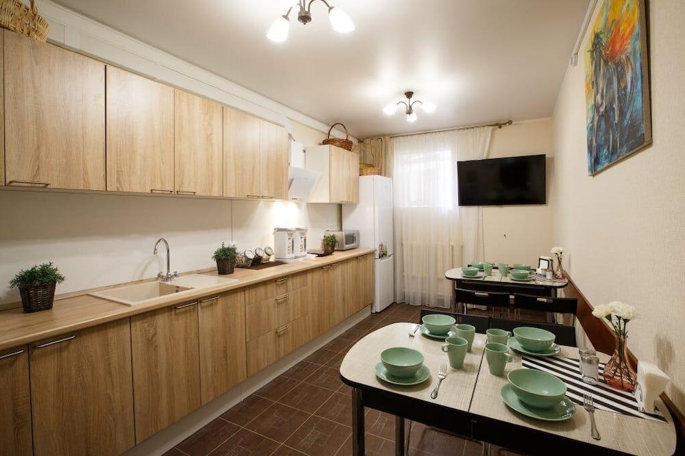 Fælles sovesal - kun kvinder (Bed in 5-Beds Female Dormitory Room) - Fælles køkken