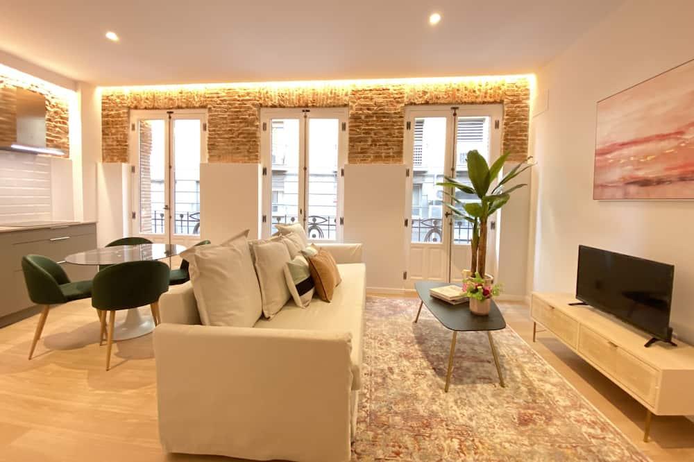 Family Suite (2D) - Living Area