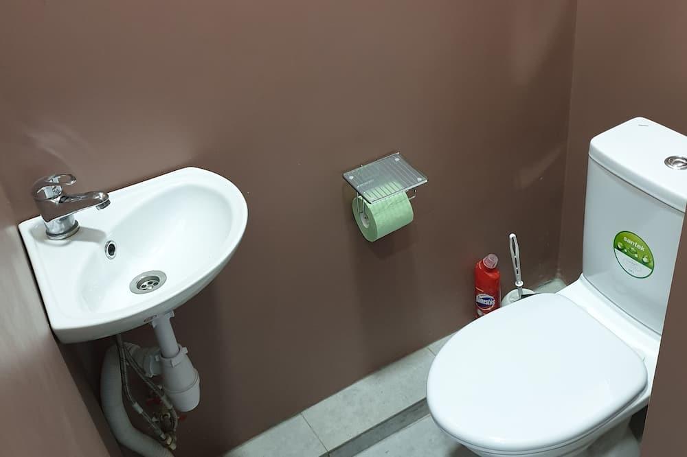 Quarto Duplo Standard, Casa de Banho Partilhada - Casa de banho
