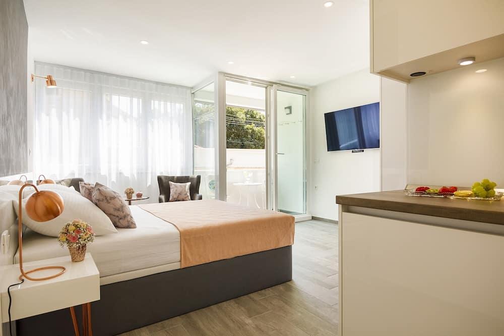 Studio, Balcony - Guest Room