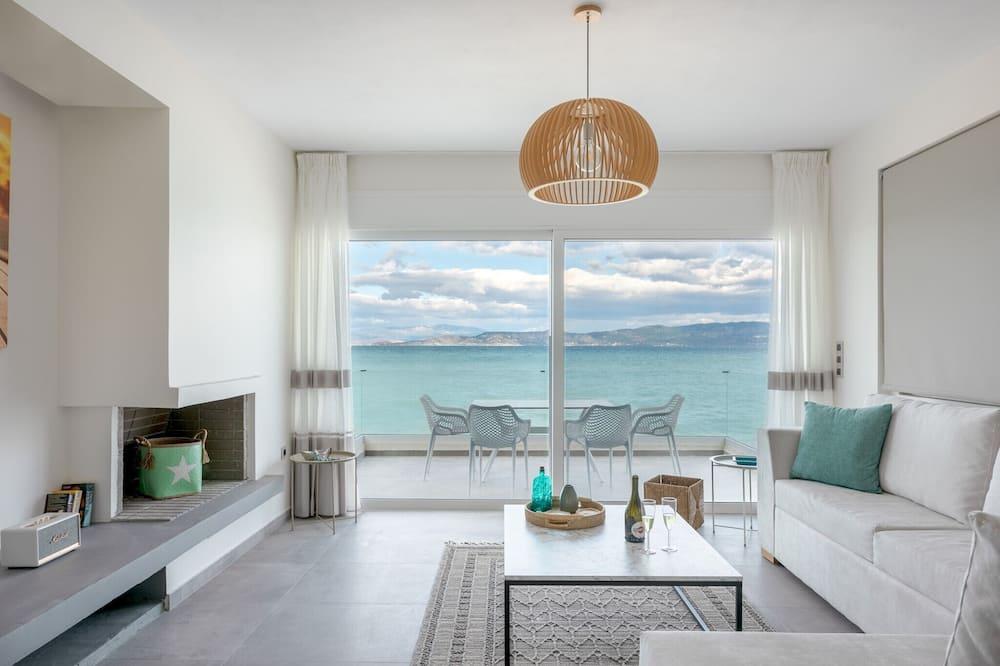 Costa Vasia Suites & Apartments