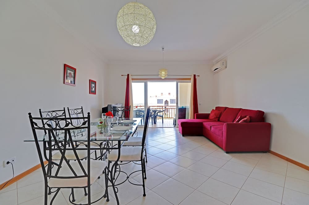Apartment, 2 Bedrooms, Non Smoking, Pool View - Bilik Rehat