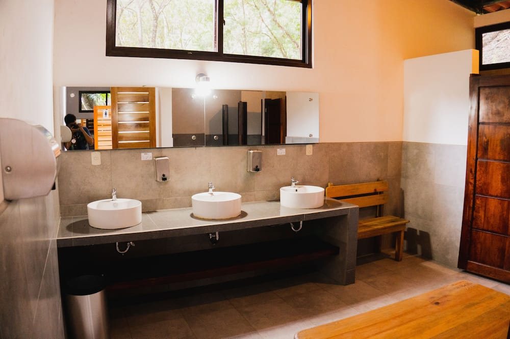 Panoramic Tent, Shared Bathroom - Bathroom
