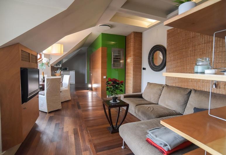 Pelicanstay Montaigne Apartments, Paris
