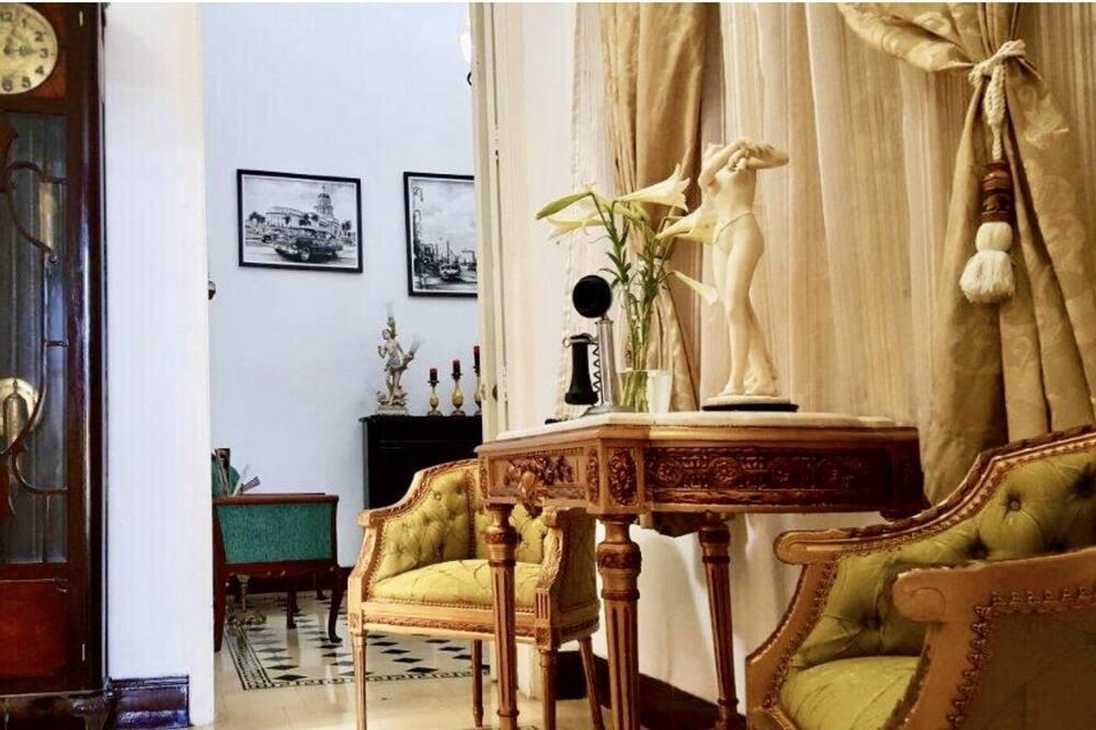 منزل فاخر - ٣ غرف نوم - الصورة الأساسية