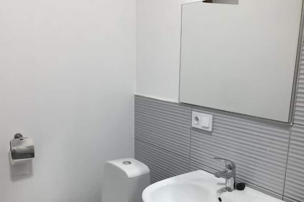 舒適雙人或雙床房 - 浴室