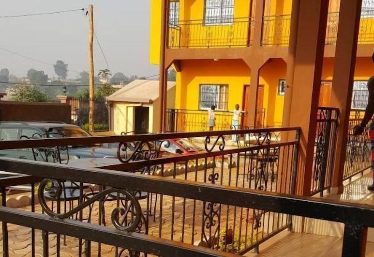 City Guest House Hotel, Bangangte, Standardní pokoj, Balkón