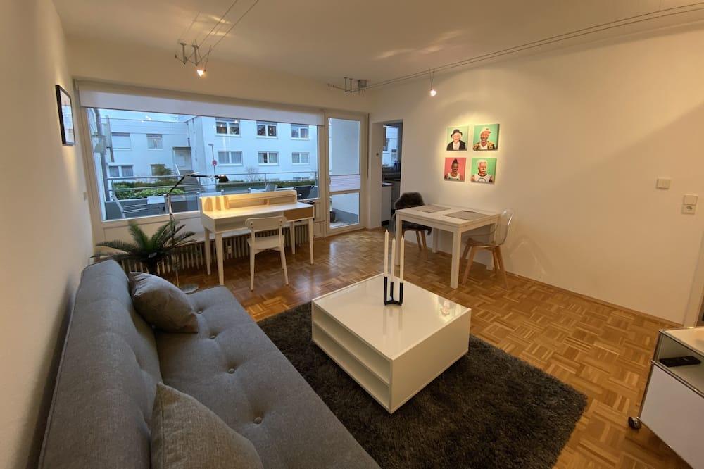 Surland Apartments, Flat 7, Iserlohn