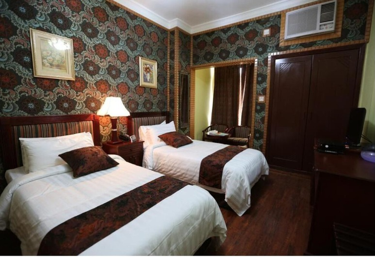 Moon Plaza Hotel, Manama, Basic Twin Room, Guest Room