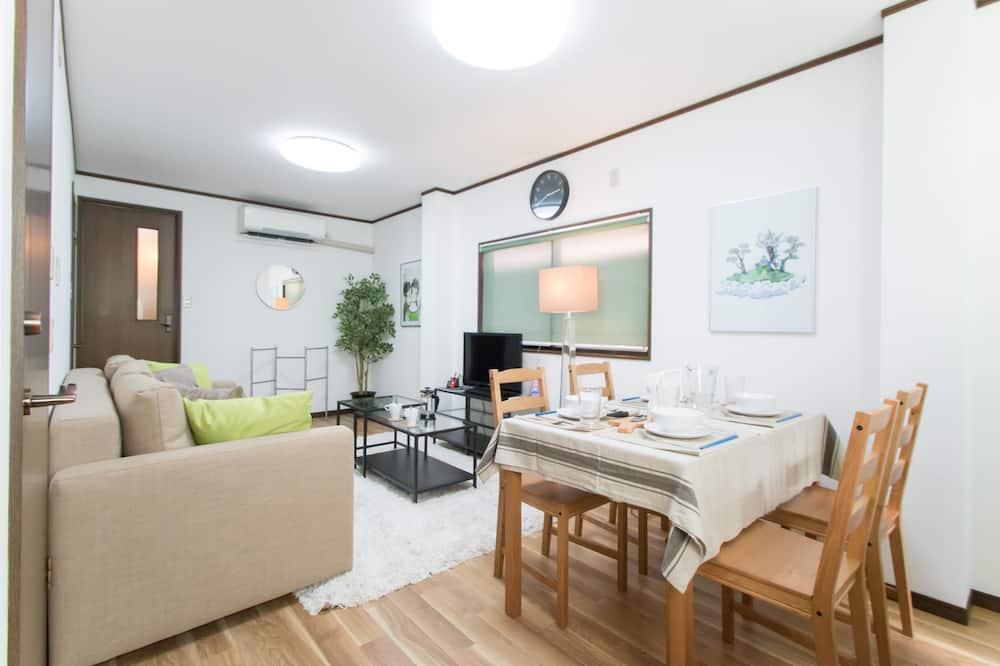 Dom, 4 spálne - Obývacie priestory