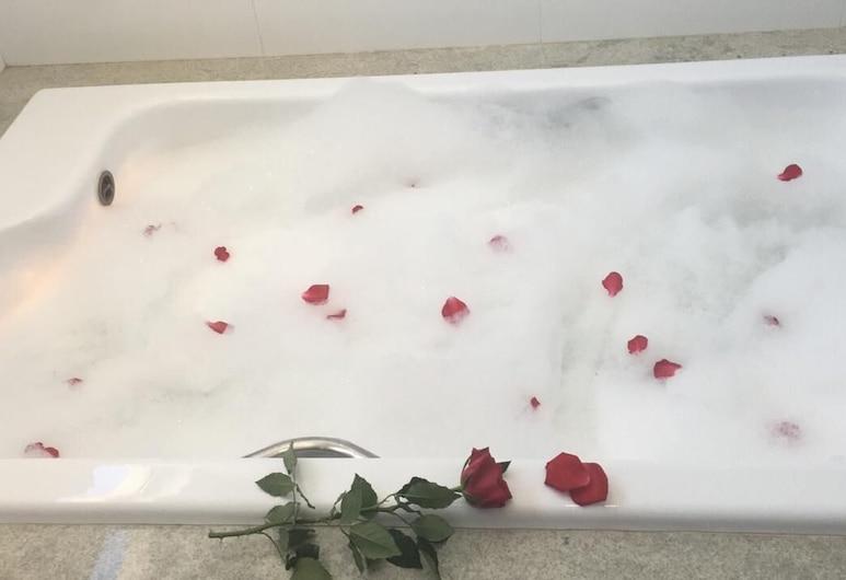ホテル ロイヤル, サリナス, プレジデンシャル ルーム 1 ベッドルーム, 深めの浴槽