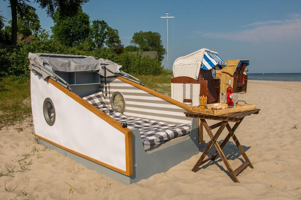 Tent (Schlafstrandkorb Nr. 2) - In-Room Dining