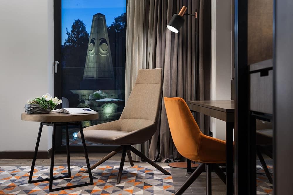 Suite, View (Regency) - Guest Room
