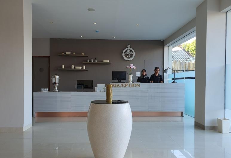 Hart Hotel Premium Rapatmaja, Матарам