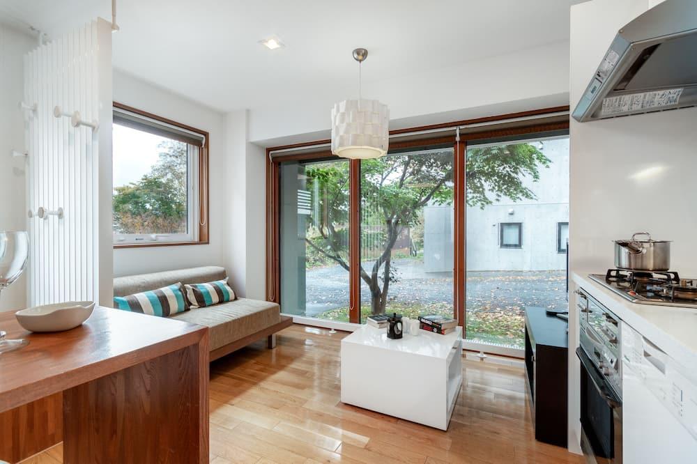 Chalet, 4 Bedrooms - Living Room