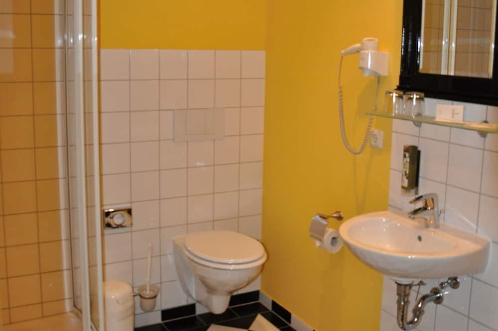 Apartment, 2Schlafzimmer, Balkon - Badezimmer