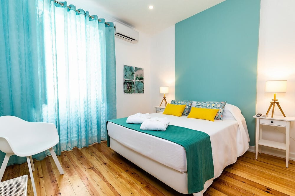 Comfort Double Room, Private Bathroom (not in the room) - Guest Room