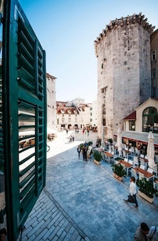 Picture of Tower Square Apartments in Split