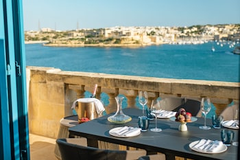 Picture of Iniala Harbour House in Valletta