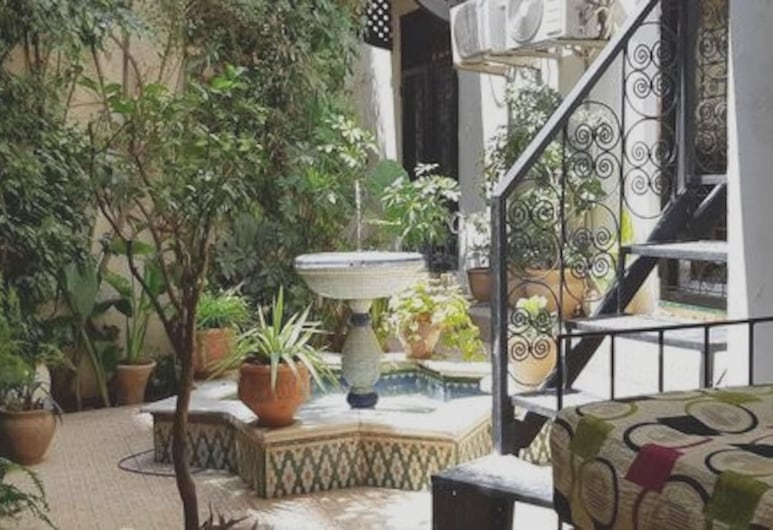 Apartment With 3 Bedrooms in Fes, With Enclosed Garden and Wifi, Fes, Living Room
