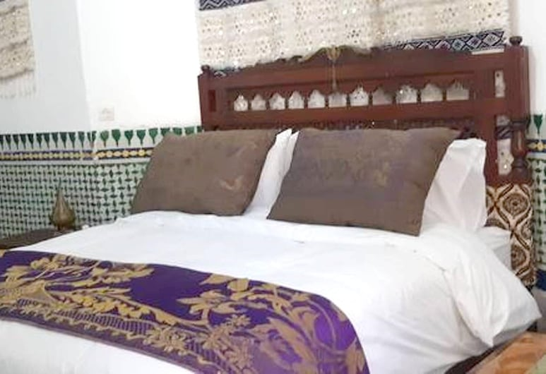 Apartment With one Bedroom in Fes El Bali, Fes, With Enclosed Garden and Wifi, Fes, อพาร์ทเมนท์, วิวสวน, ห้องพัก