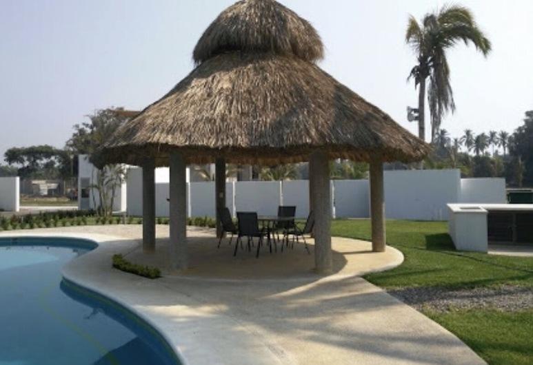 Acapulco Diamante Apartment With Roof Garden, Acapulco, Pool
