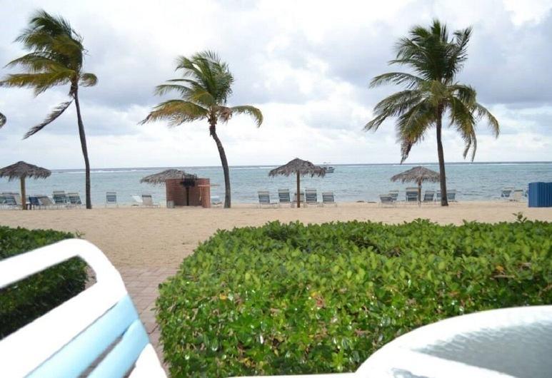 Grand Cayman Beachfront Villa, East End, Rand