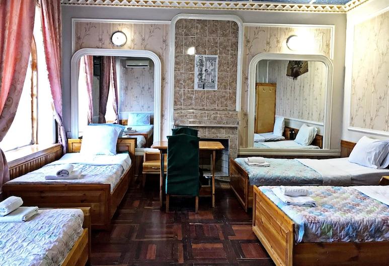 Kamila Prime B&B, Samarkand, Standard Quadruple Room, Guest Room