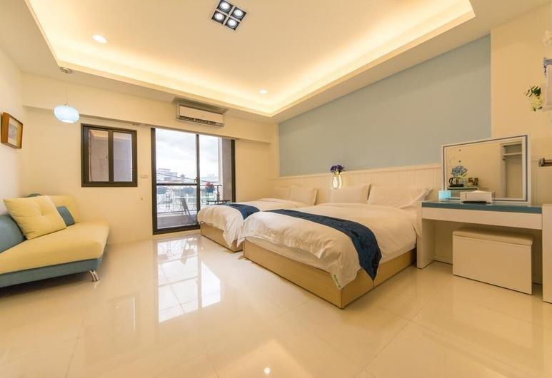 F&M Memorial B&B, Hualien City, Quadruple Room, Guest Room