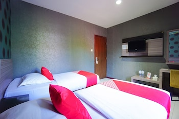 Picture of OYO 2526 Hotel D'komo in Manado