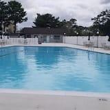 คอนโด, 2 ห้องนอน - สระว่ายน้ำ