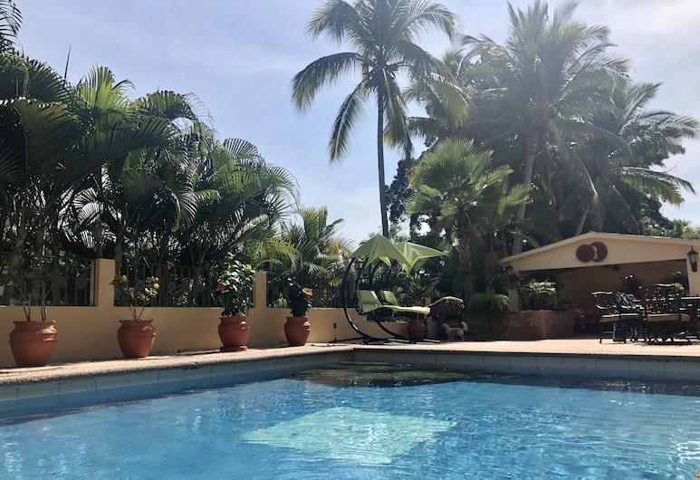Luxury Executive Home, Пуерто-Вальярта, Басейн