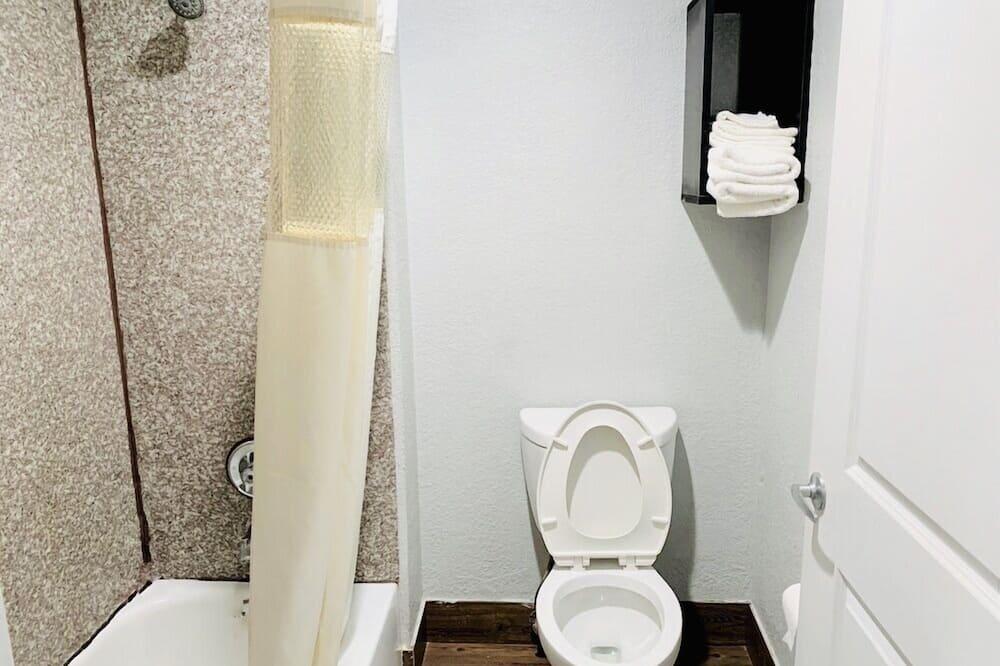 Pagerinto tipo vienvietis kambarys - Vonios kambarys