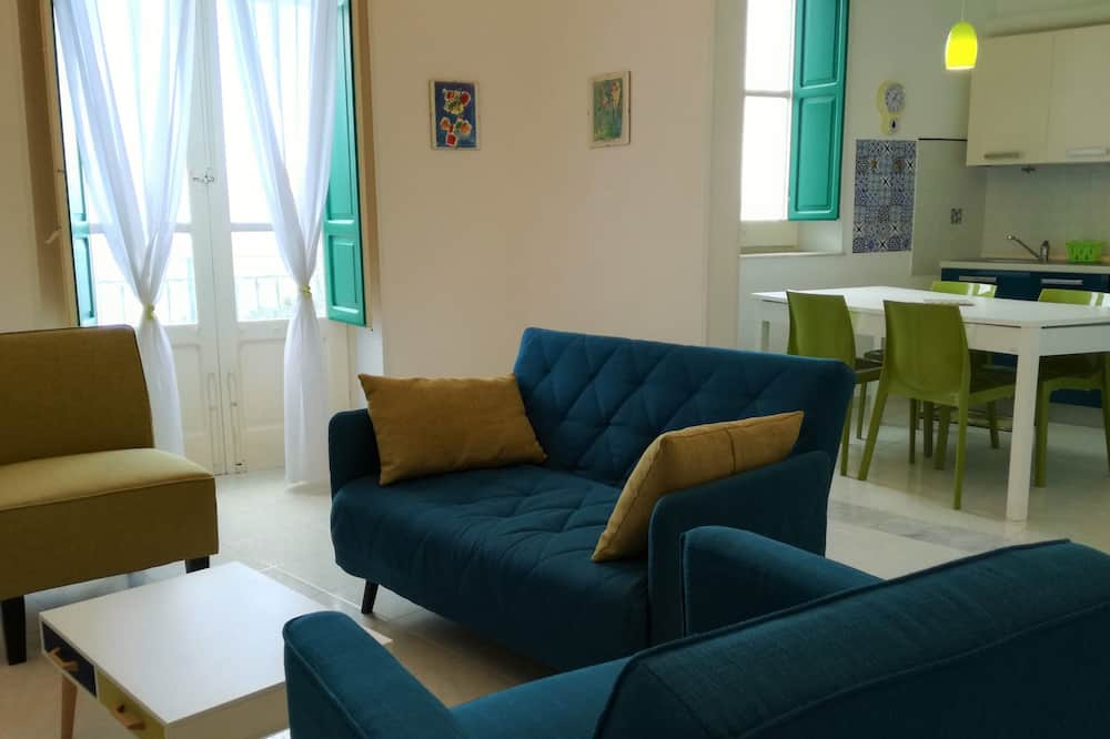 Family Apartment, 2 Bedrooms (Alive) - Living Area