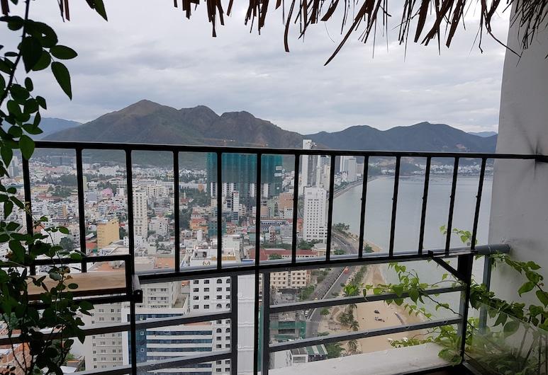 Nha Cua Bu - Homestay Nha Trang, Nha Trang, House (Bu 01), Balcony