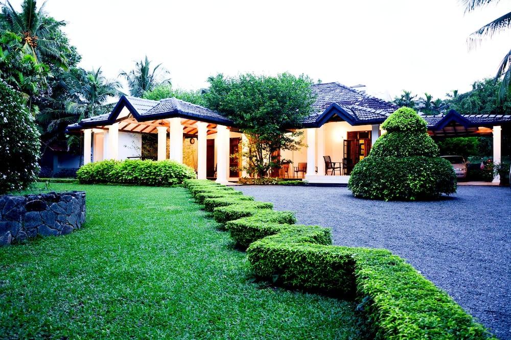Camellia Dwellings