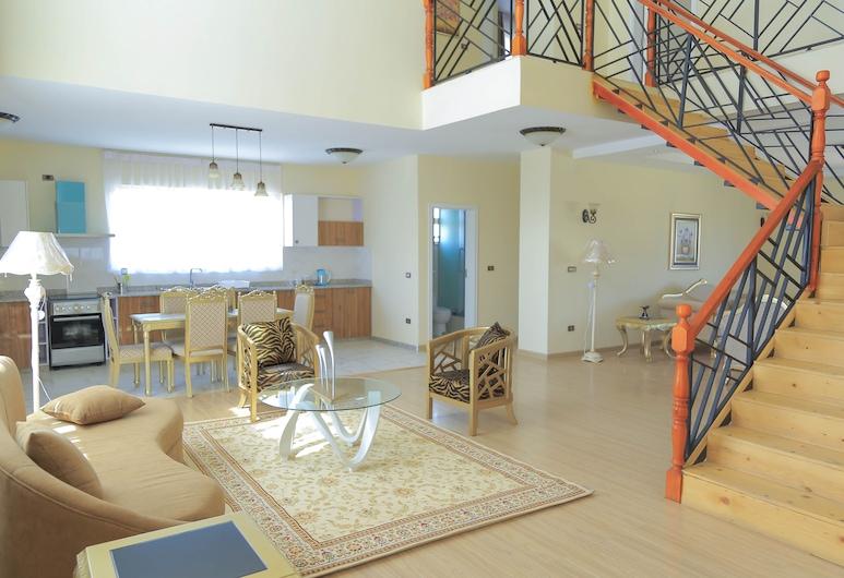 Destiny Addis Apartment Hotel, Addis Ababa, Penthouse, 4 Bedrooms, Bilik Rehat