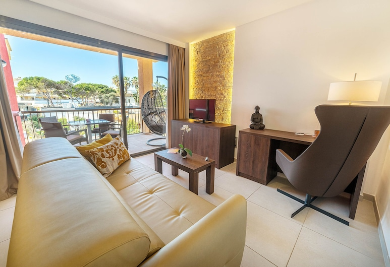 Paradise Residencial, Capdepera, Superior Apartment, Living Room