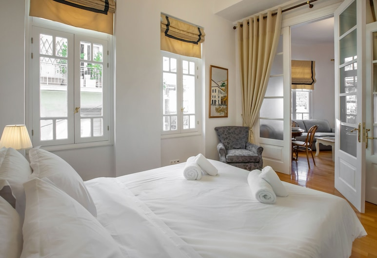 Neoclassical Apartment close to Syntagma - Plaka by GHH, Athens
