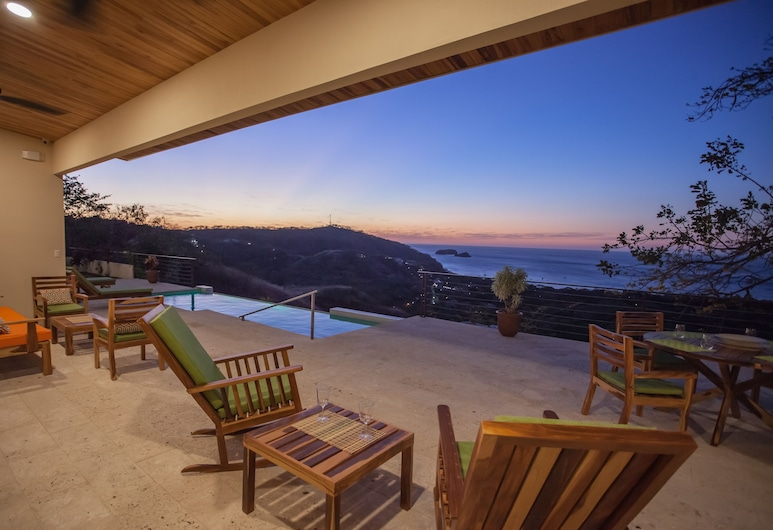 Casa de la Paz, Playa Hermosa, Terraza o patio
