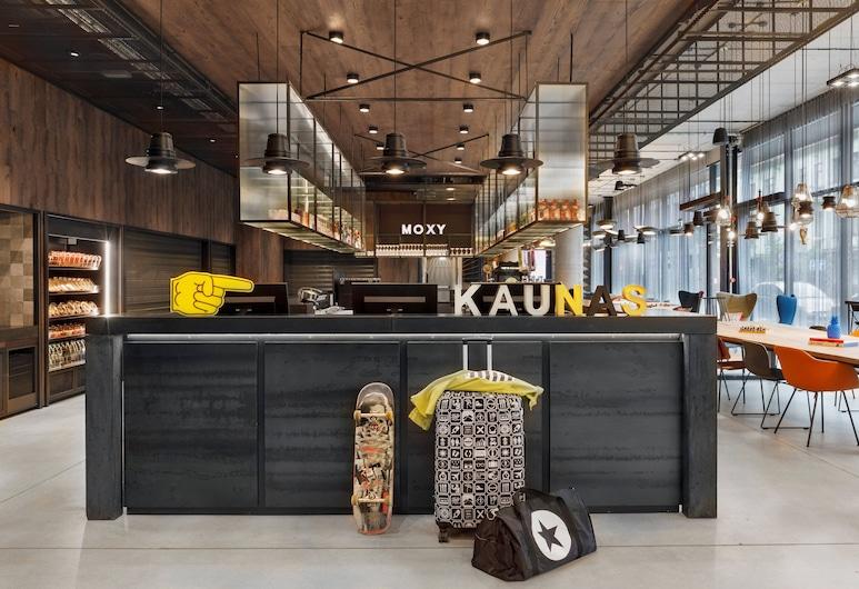 Moxy Kaunas Center, Kaunas, Lobby