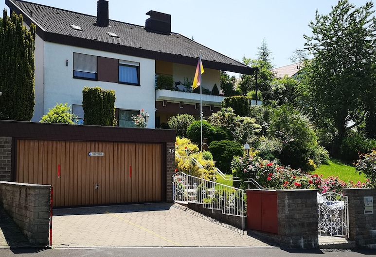 Ferienwohnung Lina, Ruhige Lage, Stadtnah, Bad Kissingen