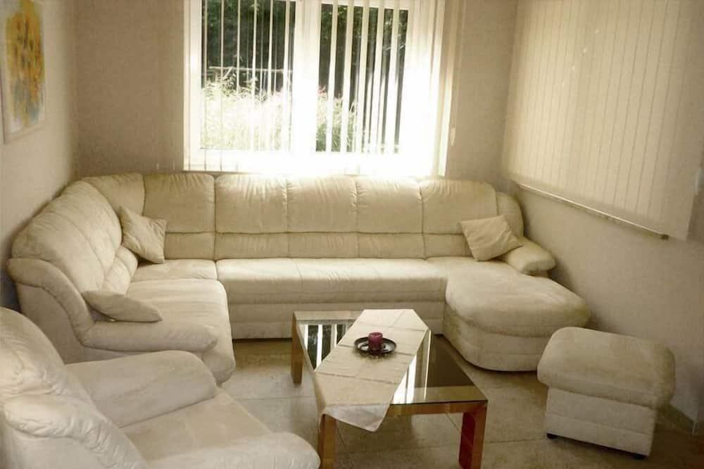 อพาร์ทเมนท์ - ห้องนั่งเล่น