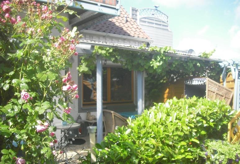Gartensuite in Dorfkate, Татинг